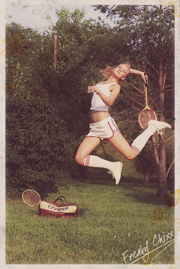 I loved playing tennis with my dad when I was in jr. high...I did NOT look like this...lol