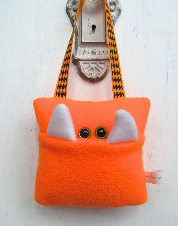 bright orange tooth fairy monster pillow by fangdangles on etsy 1600 - Riesiges Haikissen Das Dich Frisst