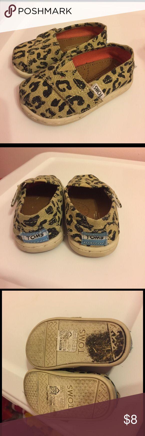 Size 4 Toms - EUC Leopard TOMS - 4 Toddler - EUC - Pet Smoke Free Home TOMS Shoes Sneakers
