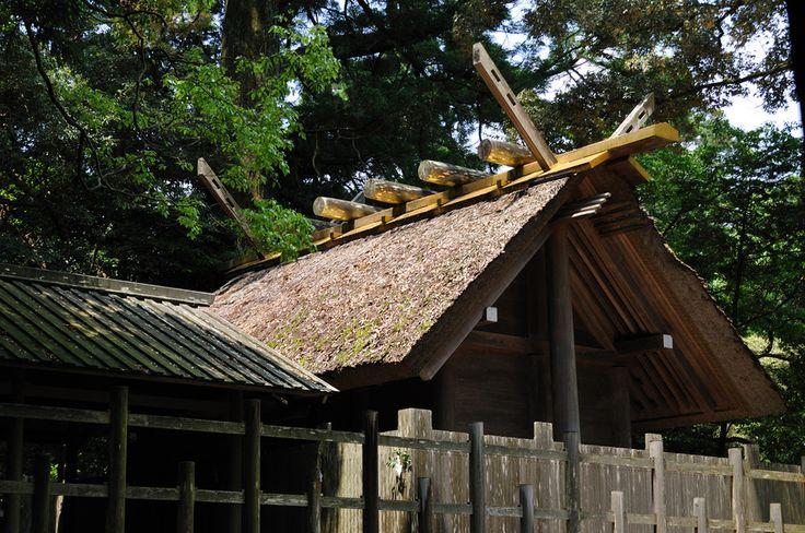 Ise Grand Shrine (伊勢神宮)