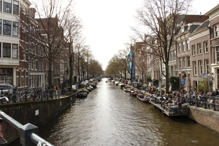 Amsterdam: beautiful canals despite the gloom