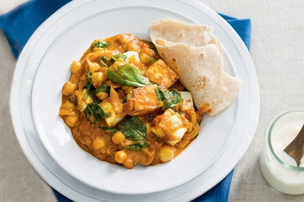 Paneer, spinach & chickpea curry - improvised quite a bit but it was delicious