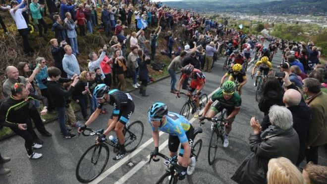 Tour de Yorkshire riders on Cow and Calf, Ilkley