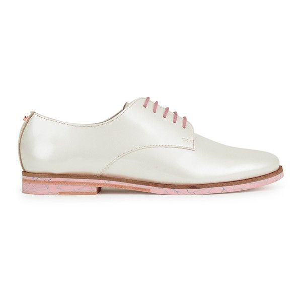 Ted Baker Women's Loomi Patent Leather Oxford Shoes (€125) ❤ liked on Polyvore featuring shoes, oxfords, white, white flats, jazz shoes, white flat shoes, patent leather oxfords and bow flats