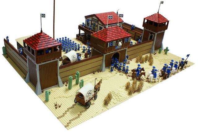 Fort Legoredo | Flickr - Photo Sharing!