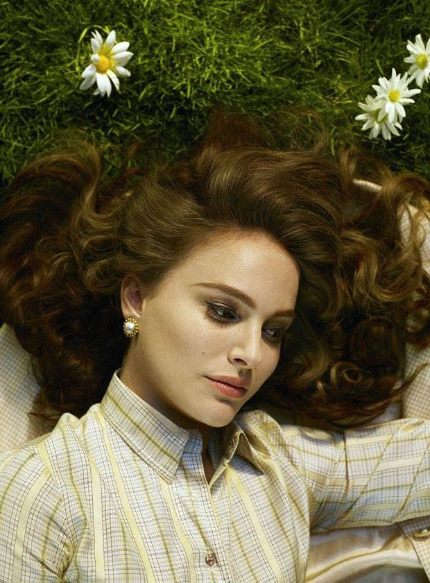 Jackie's star Natalie Portman takes the cover story of New York Magazine's latest edition captured by fashion photographer Alex Prager.
