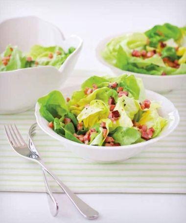 Hlávkový salát se slaninou / Lettuce Salad with Bacon