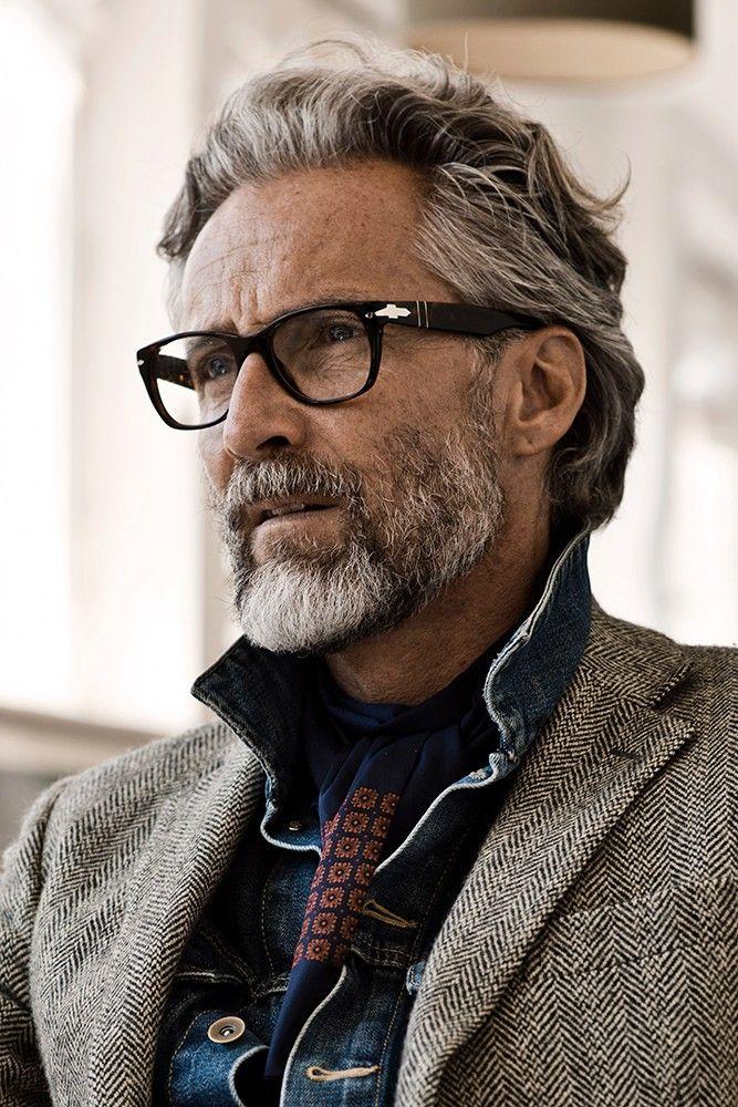 1000 id es propos de agence mannequin homme sur pinterest cheveux lisse homme agence de. Black Bedroom Furniture Sets. Home Design Ideas