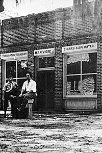 Downtown Hinesville Drugstore LibertyGeorgia