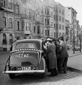 İST 7747 F: Tepebaşı, 1950'ler #istanbul #istanlook