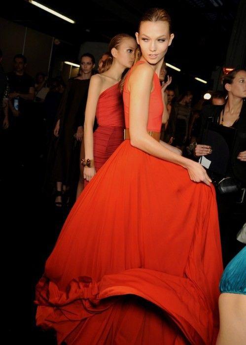 Karlie Kloss backstage. Lanvin, S/S 2011.