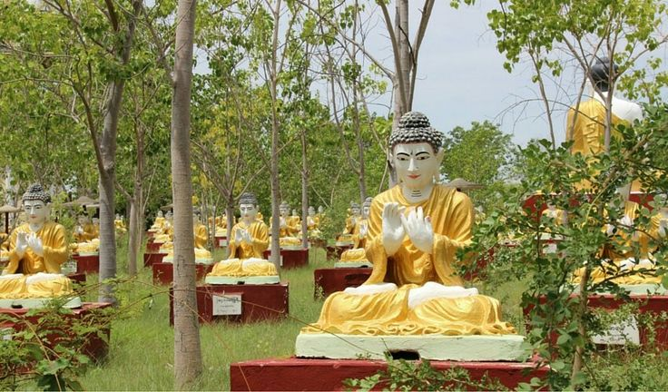 The Bodhi Tataung complex is home to a 129-metre tall standing Buddha statue, the second tallest Buddha statue in the world and a 95-metre long reclining Buddha statue. Visit this unique site near Monywa to catch a glimpse of the 10,000 Buddha statues seated under a Bodhi tree in the garden along with numerous other Buddha statues all around the premises.