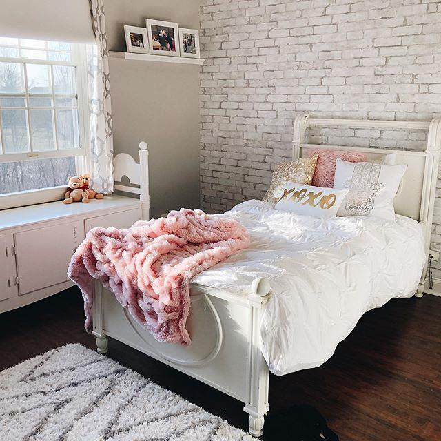 So Soft In 2020 Brick Wall Bedroom Small Room Bedroom Brick Wallpaper Bedroom