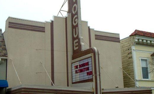 Vogue-theatre-899711