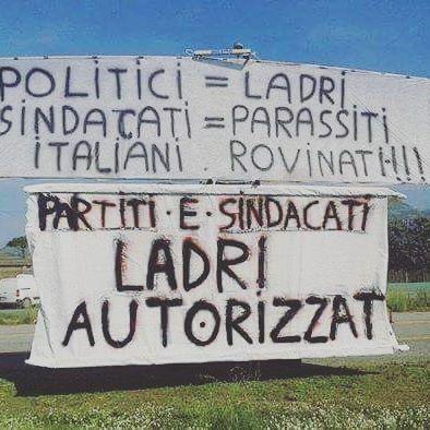 """""""Politici e sindacati sono ladri autorizzati"""" 💪✨ #ladri #politici #giovani #GiovaniinRivoluzione #diritti #parlamento #stato #governo #manifesto #studenti #Rivoluzione"""