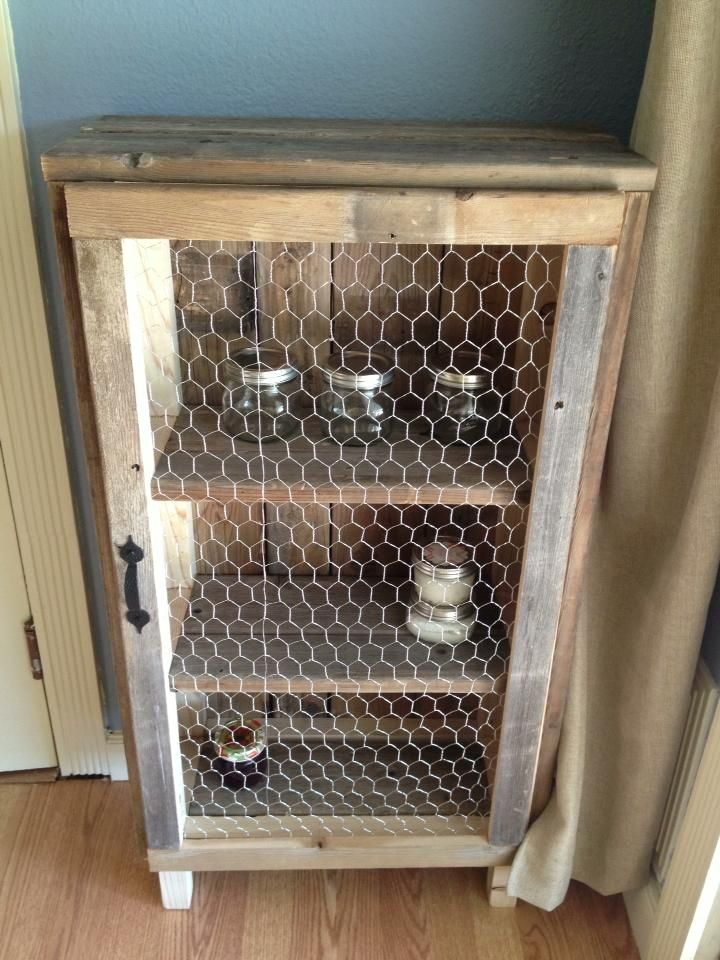 Don't you just love this primitive jelly cabinet from Bee Chic on Facebook?  Perfect for the vintage kitchen!
