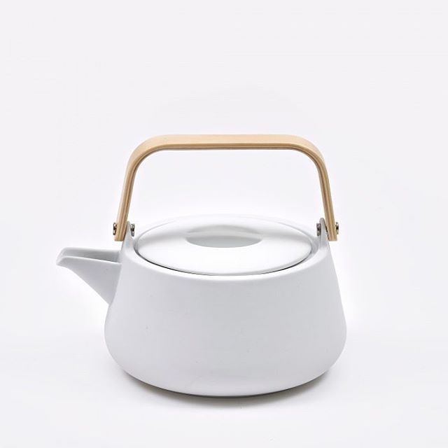 Nordic Teapot by Skagerak  #nordic #teapot #tea #scandinavian #design #designinspiration #stylish #fashionable #productdesign #product #quality #clean #modern #minimal #minimalism #simplicity #minimalist #simple #pottery #pot #ceramic #ceramics #graphicdesign #photo #photography #project #white #notthenorm