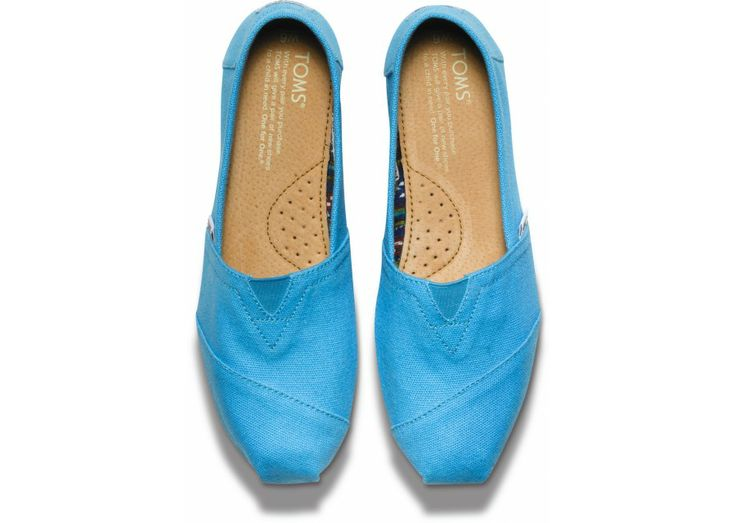 Bright Blue Women's Canvas Classics // Great gift for under $50!