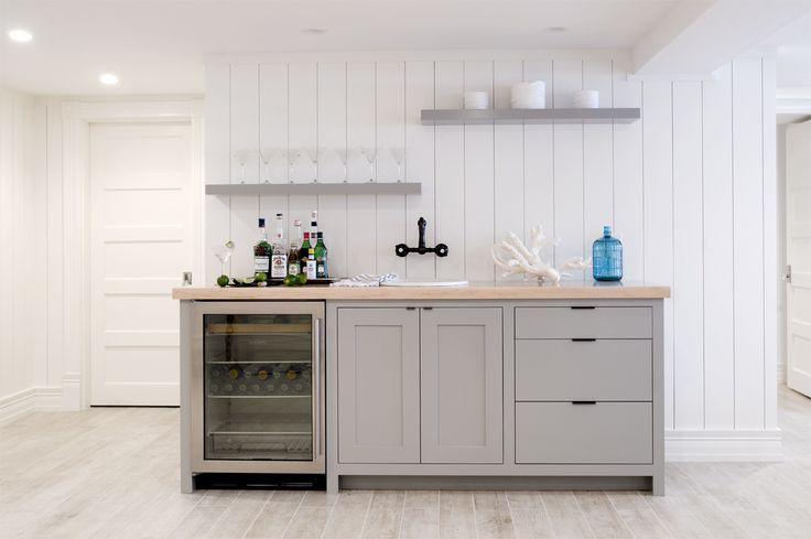 Merveilleux Love The Open Shelving Design In This #home Wet Bar. Great Design! | Basement  Bars | Pinterest | Wet Bars, Open Shelving And Bar
