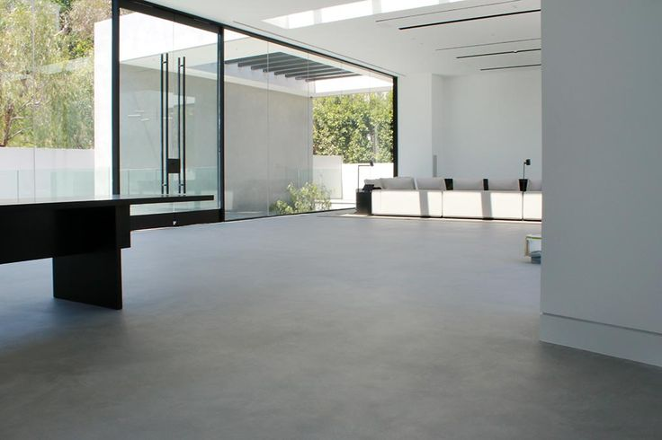 This house of a famous designer in sunny California was under a complete remodel. Seamless flooring in a modern concrete look with SEMCO seamless stone. The entire interior and exterior were coated with SEMCO to give a totally new design.
