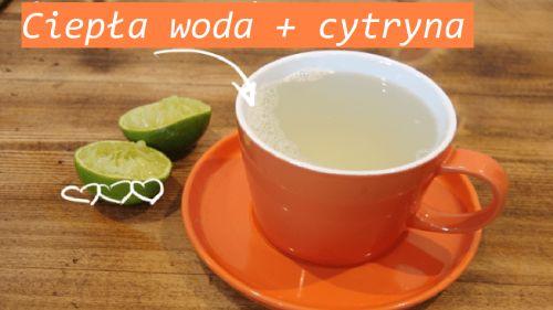 Ciepła woda z cytryną na czczo to najzdrowszy sposób na przygotowanie organizmu do prawidłowego rozpoczęcia dnia. Włącz ten nawyk do swego życia już dziś!