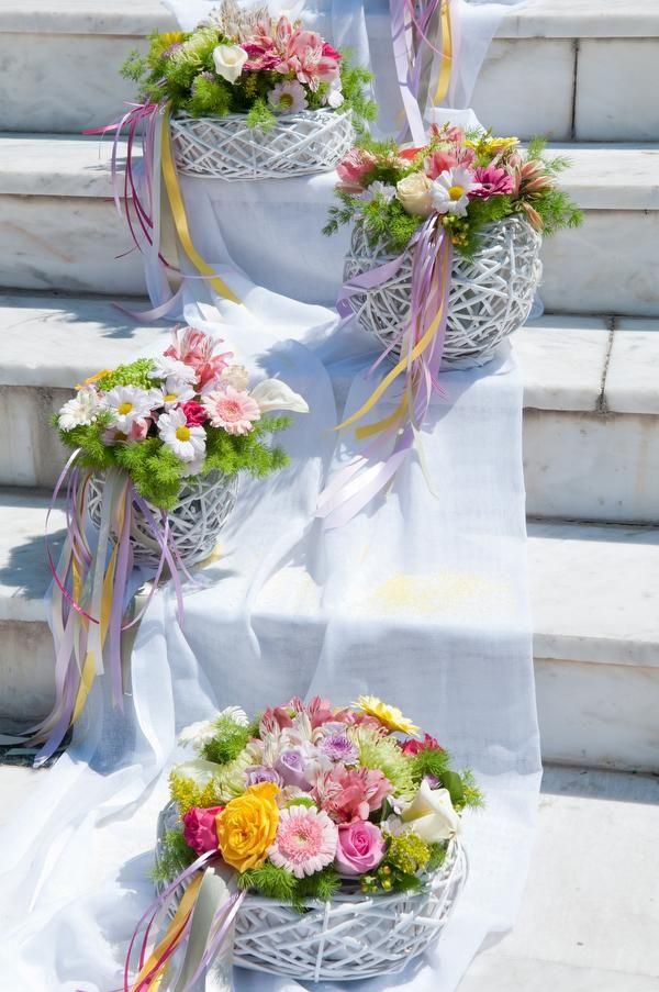 ΓΑΜΟΣ Gamos - Στολισμός εκκλησίας γάμου εξωτερικός Ανθοστολισμοί Μελίνα Γεωργίου