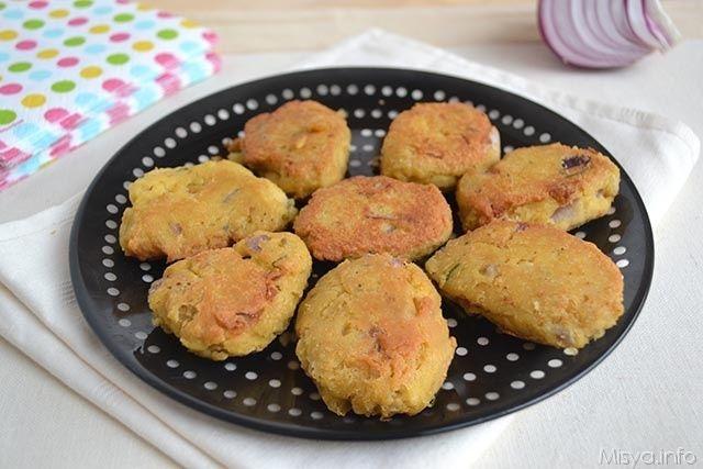 Crocchette di ceci, scopri la ricetta: http://www.misya.info/2015/01/08/crocchette-di-ceci.htm