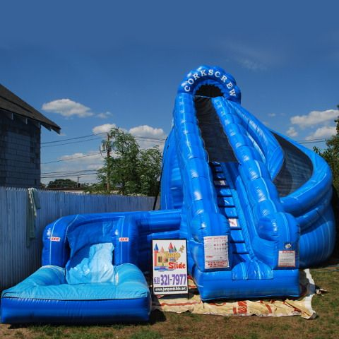 Corkscrew Waterslide brought to you by Jump and Slide Entertainment. We deliver combo bouncers and interactive rentals to the Long Island area.