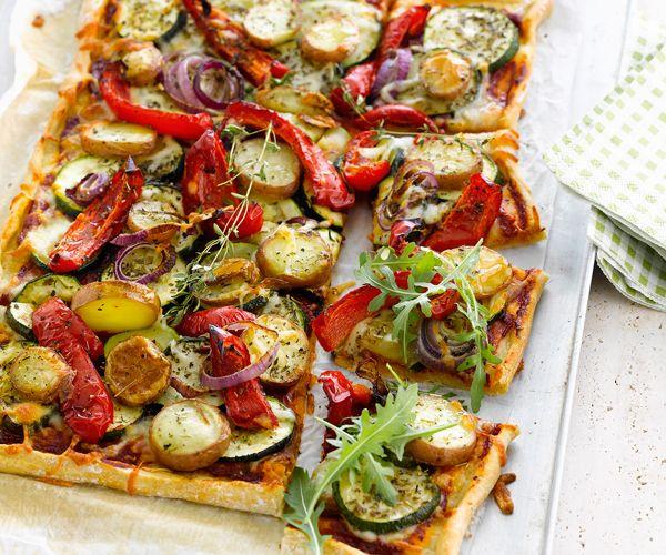 Gourmand magazine vous propose une recette de pizza composée de légumes grillés. À vos fourneaux.