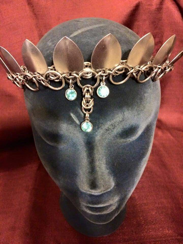 Cody Danner #chainmaille #scalemalle #crown #tiara
