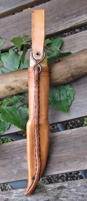 Leather Making a Puukko sheath...Again,crazy skills on shaped leather sheath for knife case.