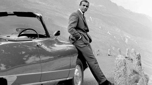 vintageclassiccars:  The DS convertible - Bonds choice.