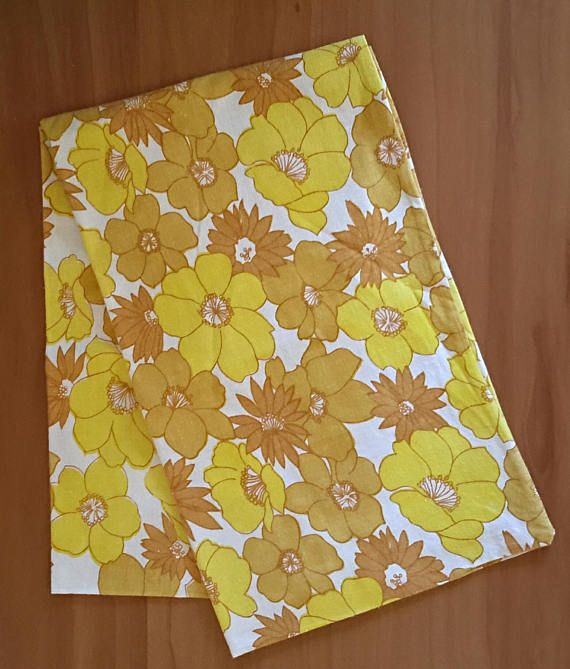 Vintage Daisy Rose Floral Retro Pillowcase 1970's Pure Cotton