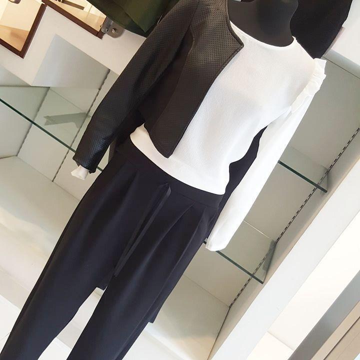 #pantaloni #comodi# sportivi #laccetto #camicia bianca #bolero #coprispalle #nero #ecopelle #valeria #abbigliamento