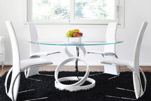 ただただ脚が美しい、イタリア製テーブルデザイン