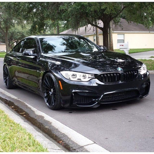 BMW M4                                                                                                                                                                                 Mehr