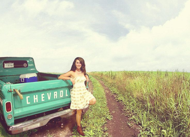 I really want a old chevy in my senior pictures,