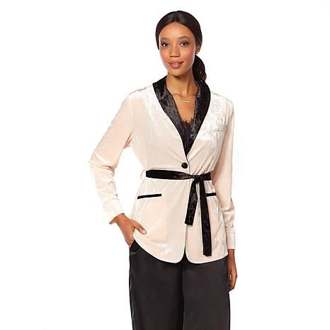 Shop Wendy Williams Crushed Velvet Smoking Jacket 8491838, read customer reviews and more at HSN.com.