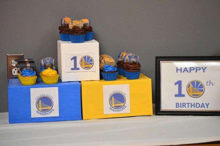 Golden state Warriors cupcake stand