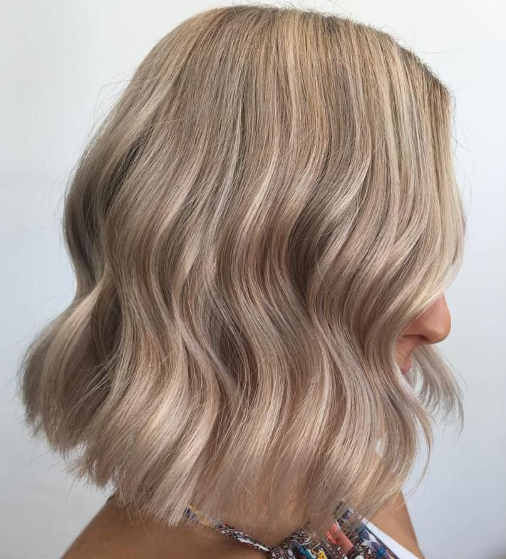 Ash Blonde Lob With Lowlights