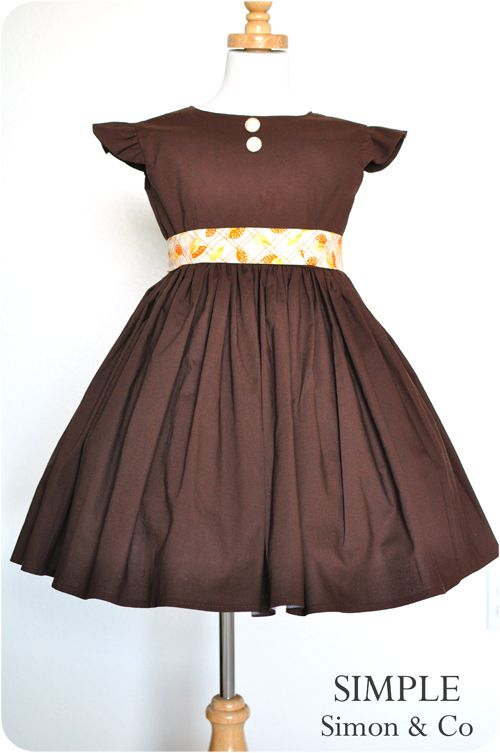 Flutter sleeve vintage twirl dress tutorial with fabric covered buttons and sash, so cute, thinking possible Easter dress for S