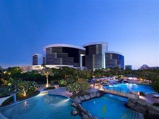 Grand Hyatt Dubai PO Box 7978, Dubai, United Arab Emirates  http://www.hotel-booking-in.com/dubai-hotel.html