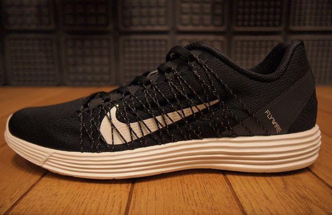 new product c09e9 7891a ... Nike Lunar Racer 3   Black   White   Street Sneakers   Pinterest   Nike  lunar ...