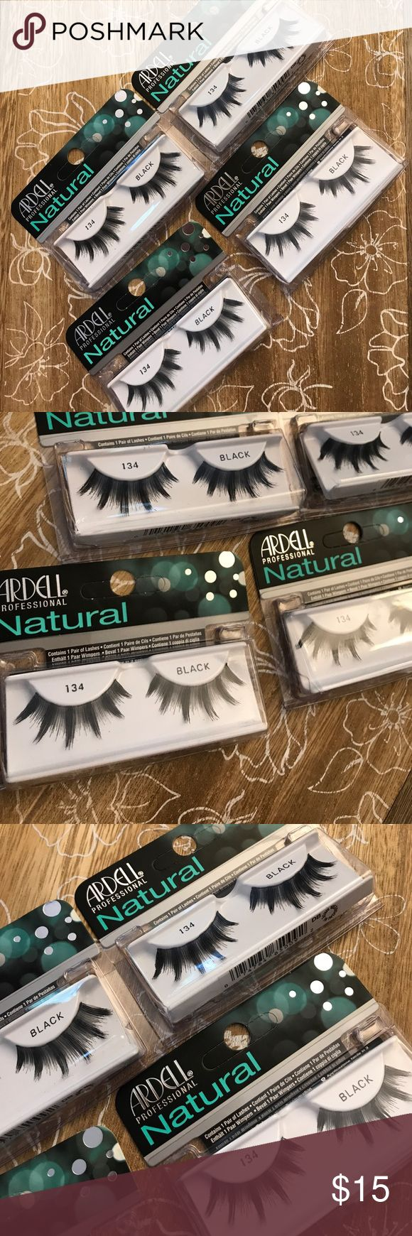 Ardell professional natural 134 Black eye lashes The most popular lashes are lightweight, reusable, easy to apply, and the ultimate in comfort. They're made from sterilized, 100% human hair so they look and feel like your own. Ideal for first-time users! (( 4 pack - new in box )) STYLE:  Glamour SHAPE:  Large Eyes  Deep Set Eyes ardell Makeup False Eyelashes