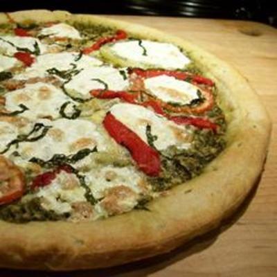 Pesto PizzaPizza Recipe, Pesto Pizza, Yummy Recipe, Yummy Food, Amazing Food, Cooking, Delicious, Drinks, Food Recipe