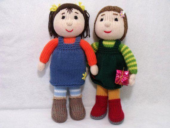 Dos muñecas tejer patrones de tejer. Patrón de tejido de juguete. Patrón de tejido de descarga instantánea en PDF