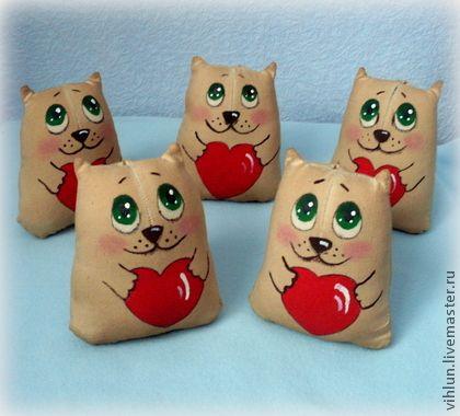 Котики-Валентинки толстенькие - коричневый,котики,кот,День Святого Валентина