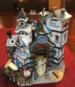 Lemax-Bay-Boat-Works-Porcelain-Christmas-Village-2003