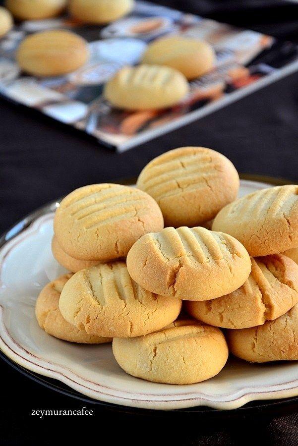 Vanilyalı pudingli kurabiye tarifi yapımı oldukça kolay  hafif gevrek bir kurabiye tarifi. Vanilyalı pudingli kurabiye nasıl yapılır resimli tarifi ile kurabiye yapmak zorlanmadan basit ve keyifli.
