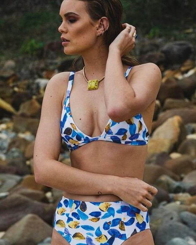 Designed and made in Maroochydore, the Maya Paradise Bikini is a modern high-waisted bikini with a bra-style top. The opulent new 'Paradise' print is an exclusive print, and it's perfect for summer!  Shop the look at www.thedresscollective.com ✔️ #thedresscollective #australianmade #setsofseven #swimwear #bikini #ethicalfashion #ethicalstyle #ethicallysourced #ethicallymade #ethicalclothing #sustainable #sustainablefashion #sustainability